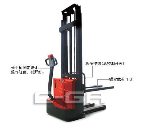 經濟型全(quan)電動堆高(gao)車